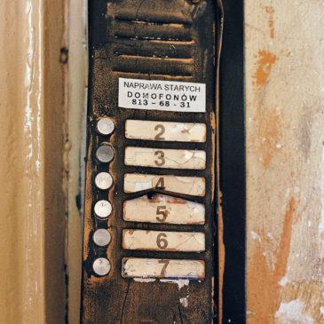 Naprawa starych domofonów