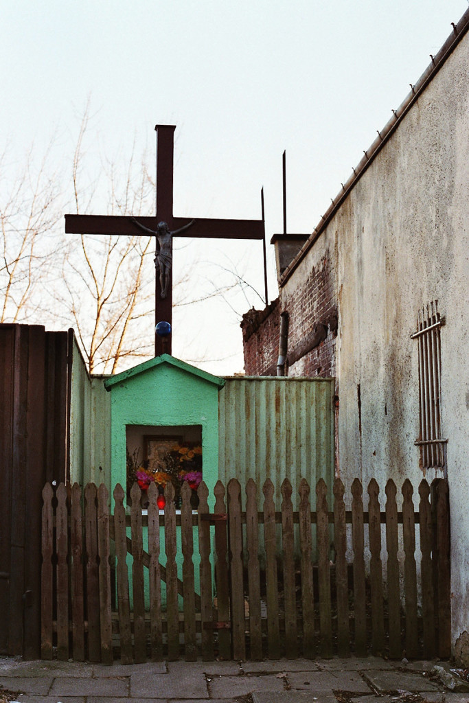 Kapliczka ul.Okrzei 18