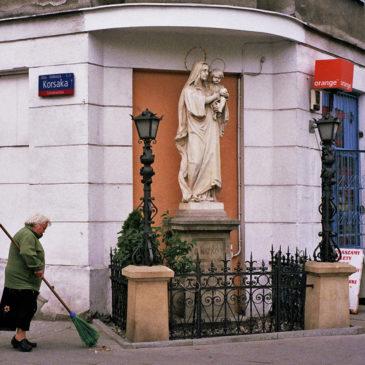 Kapliczka Ząbkowska róg Korsaka